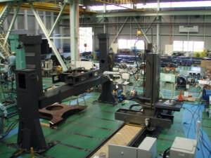 自動溶接システムセットアップ-768x576-1-300x225