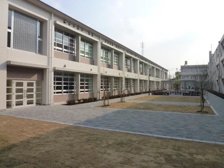 大庄北中学校北棟改築工事のうち電気設備工事-768x576
