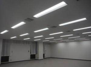 照明LED交換工事1
