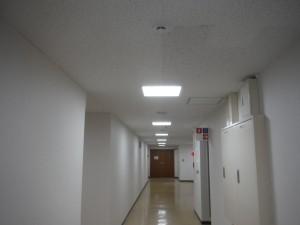 照明LED交換工事2